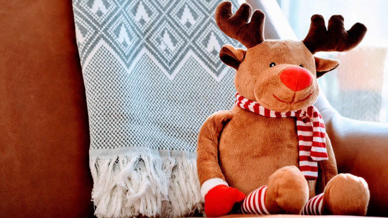 Cuddly toy reindeer